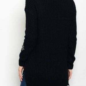 Sweaters - Chuncky knit sweater with bead detail